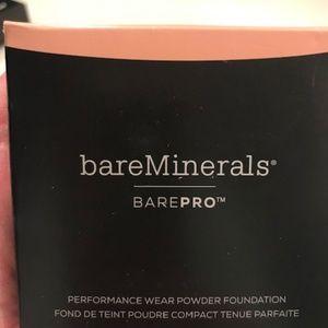 bareMinerals Compact BarePro Makeup